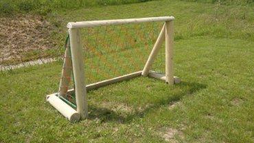Futbalová branka 1,5 x 0,8 m so sieťou na kovových pätkách
