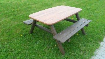 Stôl s dvoma lavicami pre 8 - 12 detí doska stola 1550 x 900 mm - L8